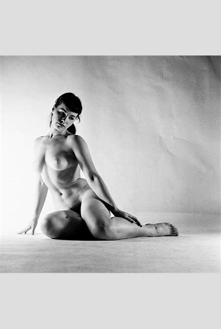 Anonymous Works: Nude Bettie Page