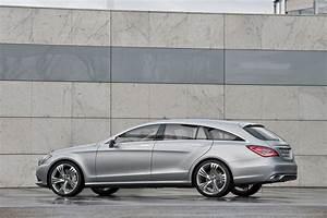 Mercedes Familiale : wettbewerber f r den bmw 5er gt mercedes baut cls shooting brake ~ Gottalentnigeria.com Avis de Voitures