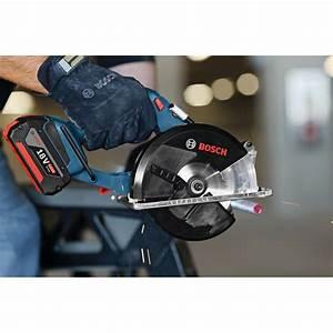 Scie Circulaire Sans Fil : gkm 18 v li scie circulaire bosch pro sans fil 136mm ~ Dallasstarsshop.com Idées de Décoration