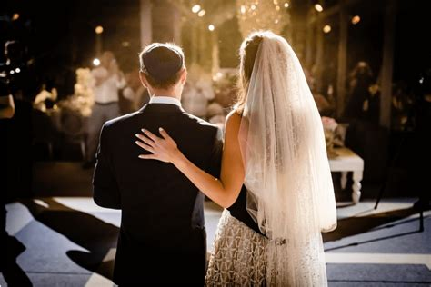 Traditional Jewish Wedding Rituals to Keep in Mind BE