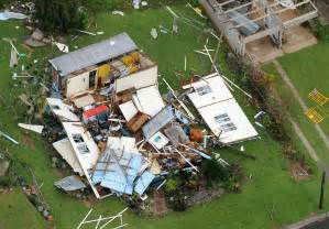 PM - North Queensland spared the worst of Cyclone Yasi 03 ...