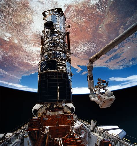 Space Shuttle Endeavour repairs the Hubble Space Telescope ...