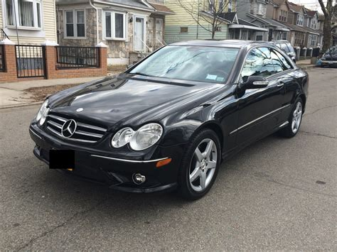 Price details, trims, and specs overview, interior features, exterior design, mpg and mileage capacity, dimensions. 2006 Mercedes-Benz CLK-Class - Pictures - CarGurus