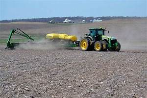 Iowa farmers facing Friday deadline to get corn planted ...