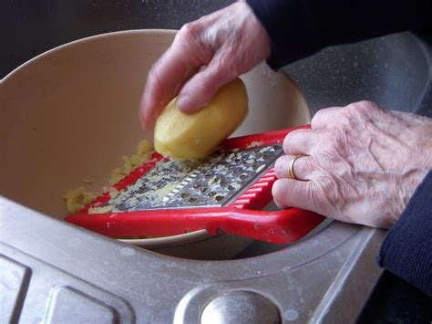 grater    foods  easier