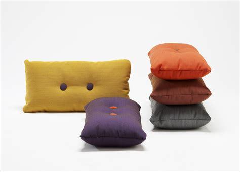 Cuscini Per Divani Bordeaux : Steelcut Trio Cushion