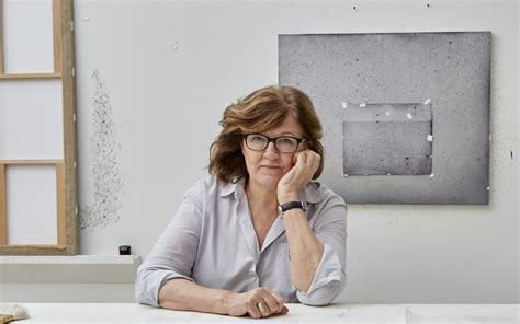 'Vija Celmins: To Fix the Image in Memory' Review: Beauty ...