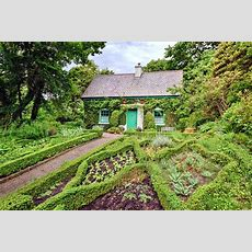 The Gardeners Cottage  Glenveagh National Park Donegal