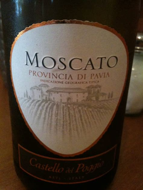 olive garden moscato the bartender let us try this moscato and it is so