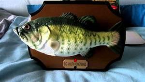 The Orginal Big Mouth Honey Bass Singing Fish