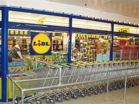 lidl shop de angebote custo barcelona x lidl capsule collection a dangerous co branding strategy the branding journal