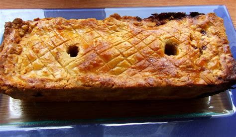 roti en croute pate brisee p 226 t 233 de volaille en cro 251 te au foie gras recette