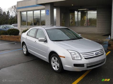 Ford Fusion 2006 by 2006 Silver Metallic Ford Fusion Se V6 1826862