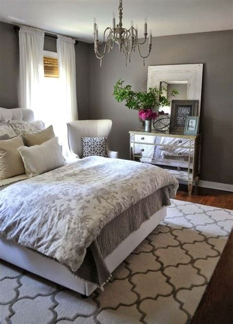 womens bedroom ideas for small rooms best 25 bedroom ideas on small