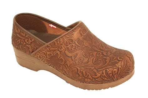 Sanita Professional Gwenore Clog For Women. Cherry Dining Room Sets. Interior Design Dining Room Ideas. 2014 Living Room Colors. Curtains For Living Room. Nook In Living Room. Covering Dining Room Chair Cushions. Trestle Dining Room Table Sets. Leopard Living Room