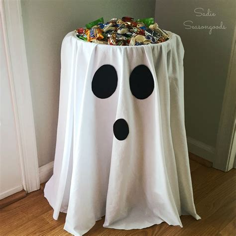 25+ Best Halloween Decorating Ideas On Pinterest