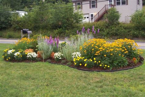 landscape design with perennials | Our Projects | Simple ...