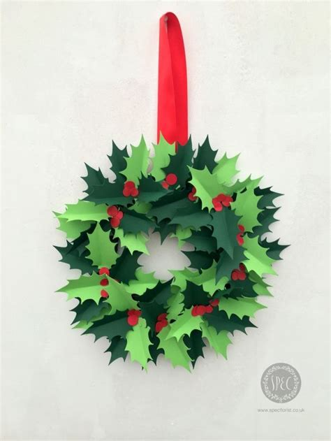 learn     holly wreath  paper christmas
