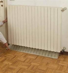 Isolare il vano termosifone per evitare ponti termici nella parete del radiatore