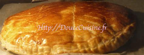 recette de cuisine de cyril lignac galette des rois à la crème de frangipane recette de