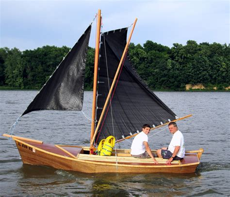 Small Boat Sailing by Inagua Sailing Sharpie Wooden Boat Plans Stuff