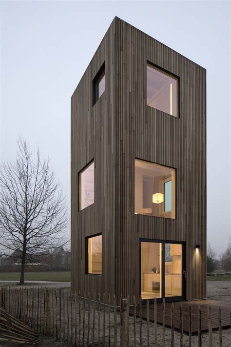 SLIM FIT: a permanent micro dwelling of 50 m2 designed for
