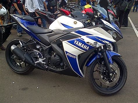 Yamaha R25 Backgrounds by Gallery Yamaha R25 Blue