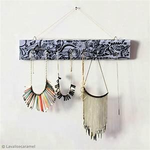 Fabriquer Un Porte Bijoux : diy d co fabriquer un porte bijoux id es et conseils ~ Melissatoandfro.com Idées de Décoration
