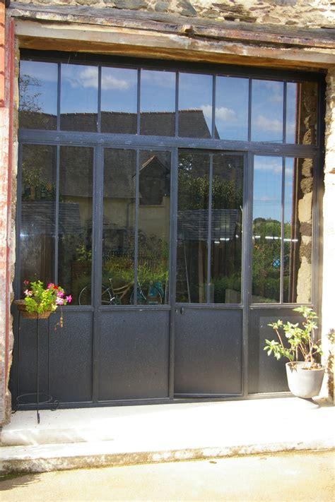 cuisine fenetre atelier porte fenetre style atelier maison design bahbe com