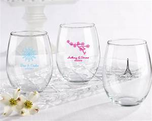 Personalized wedding 15 oz stemless wine glass favors for Wine glass wedding favors