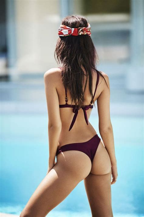 Emily Ratajkowski sizzles as she models skimpy bikinis and ...