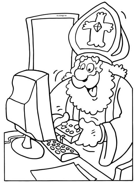 Kleurplaat Sinterklaas Komt Op Bezoke kleurplaat sinterklaas op de computer kleurplaten nl