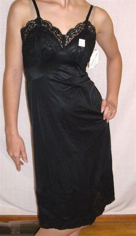 vintage  vanity fair black full slip  nwt nos size