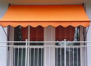Markisen test markise kaufen und balkon markise for Markise balkon mit tapete goldene punkte