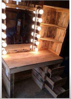 rustic lit pallet makeup vanity meubles pinterest palette meubles  palette deco