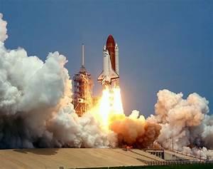 Space Shuttle Challenger 04/29/1985