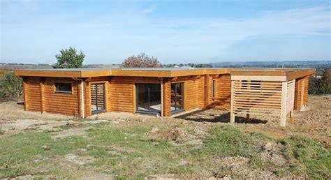 maison en bois bretagne mzaol