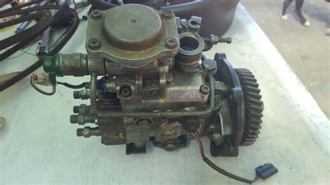 wanted isuzu kb series diesel injector pump  dt