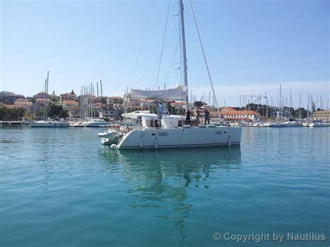 Catamaran Charter Hrvatska by Lagoon 450 Najam Katamarana Hrvatska Nautilus Yachting