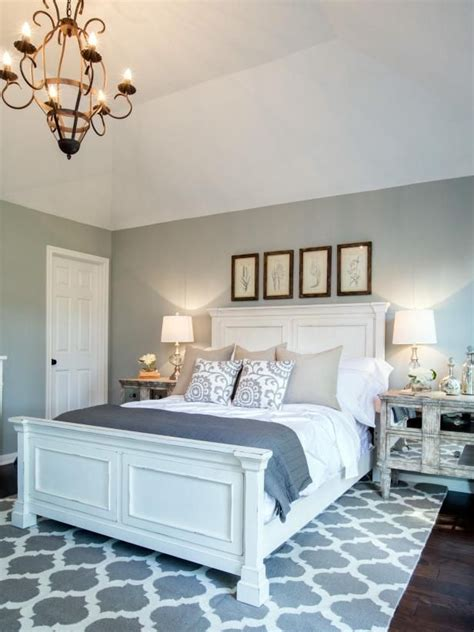 Hgtv Bedroom Furniture by Check Out This Newly Renovated Master Bedroom From Fixer