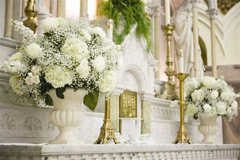 hydrangea altar arrangement