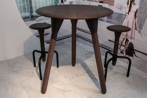 How To Select A Tall Kitchen Table That Perfectly