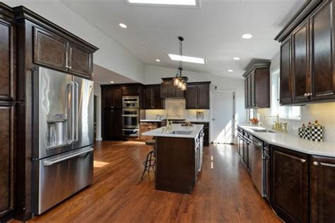 kitchens with espresso cabinets espresso kitchen cabinets trendy color for your kitchen 6616