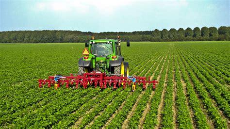 cr it agricole si e social riforma agraria un 39 interpretazione alfonso pascale