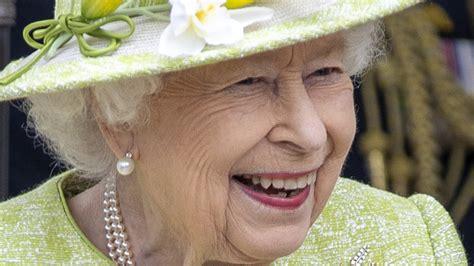 The Truth About Queen Elizabeth's First Public Appearance Of 2021