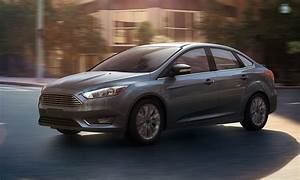 Ford Focus Titanium 2017 : 2017 ford focus looks more longer ~ Medecine-chirurgie-esthetiques.com Avis de Voitures