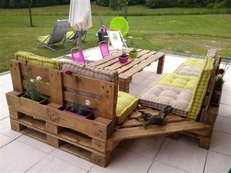 meubles canap meubles en palettes le bois recyclable pour votre confort