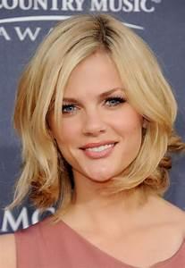 Coiffure Femme Mi Long : coiffure femme cheveux mi longs blond ~ Melissatoandfro.com Idées de Décoration