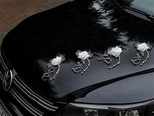 Deco Voiture Mariage Pas Cher : mariage d coration voiture fleurs naturelles mariage d co ~ Teatrodelosmanantiales.com Idées de Décoration