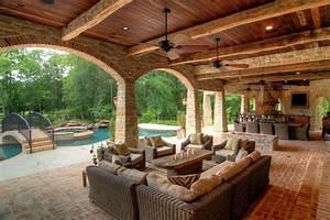 Outdoor Kitchen & Living Room Areas, Backyard Patios
